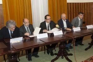 De izquierda a derecha: X. Manuel López Vázquez, Francisco Durán, Anxo Lorenzo, Carlos García - Suárez y Javier Pérez Buján.